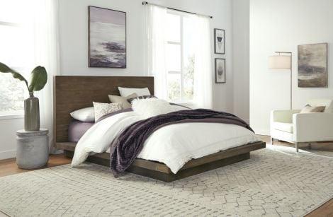 Akemi Platform Bed