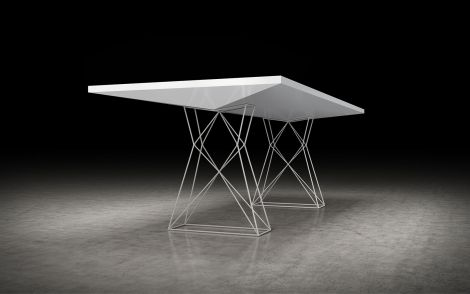 Etsu Dining Table