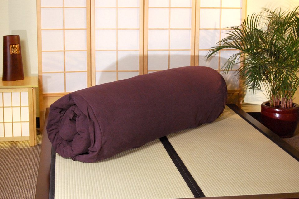 Raku Tatami Bed with Tatami Mat and Rolled up Shiki Mat